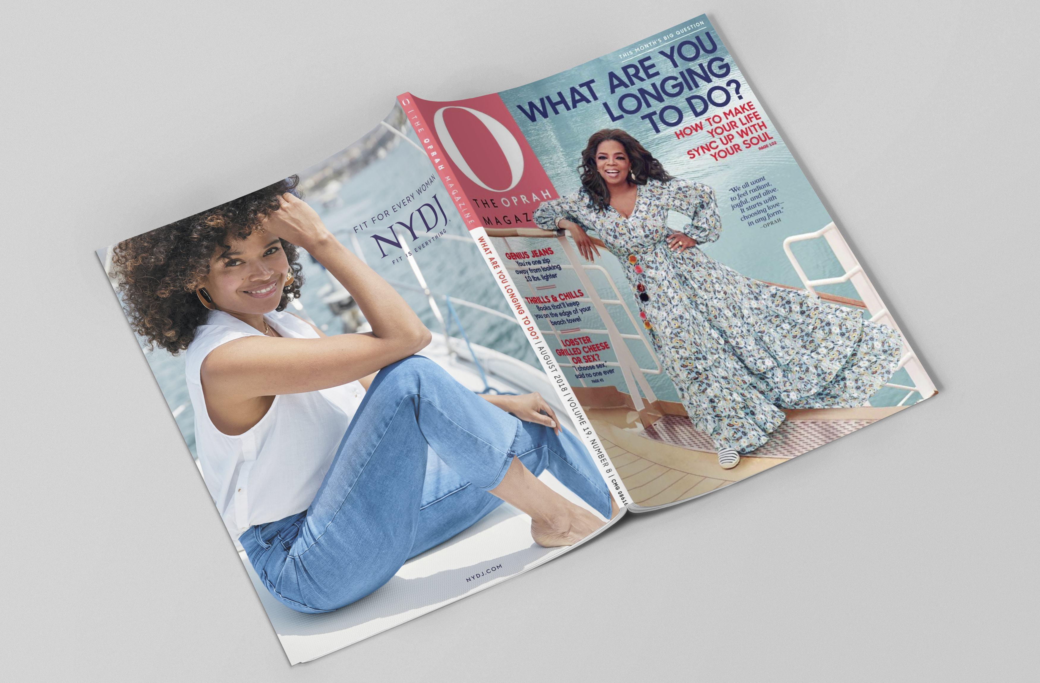 169-magazine-mockup