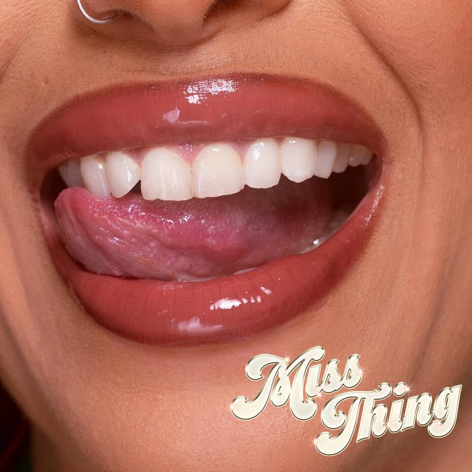 MISS-THING-W-COPY